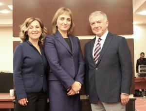 Prof.Dr.YoncaAkova-AlconTürkiye Pazara Erişim ve Dış İlişkiler Direktörü Nilüfer Umur-Dr.Bekir Sıtkı Aslan